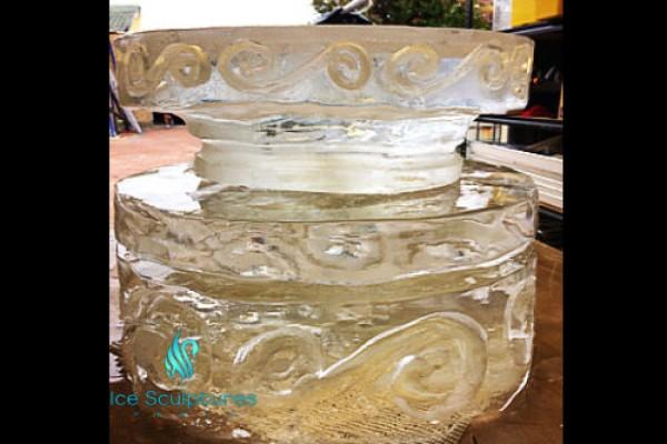 cake-stand77C667DF-0EA8-0890-FE40-F2D468F80F45.jpg