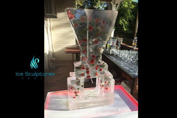 strawberry-luge-11DB5FC51-967B-7AB8-A3A6-7D04881418FB.jpg